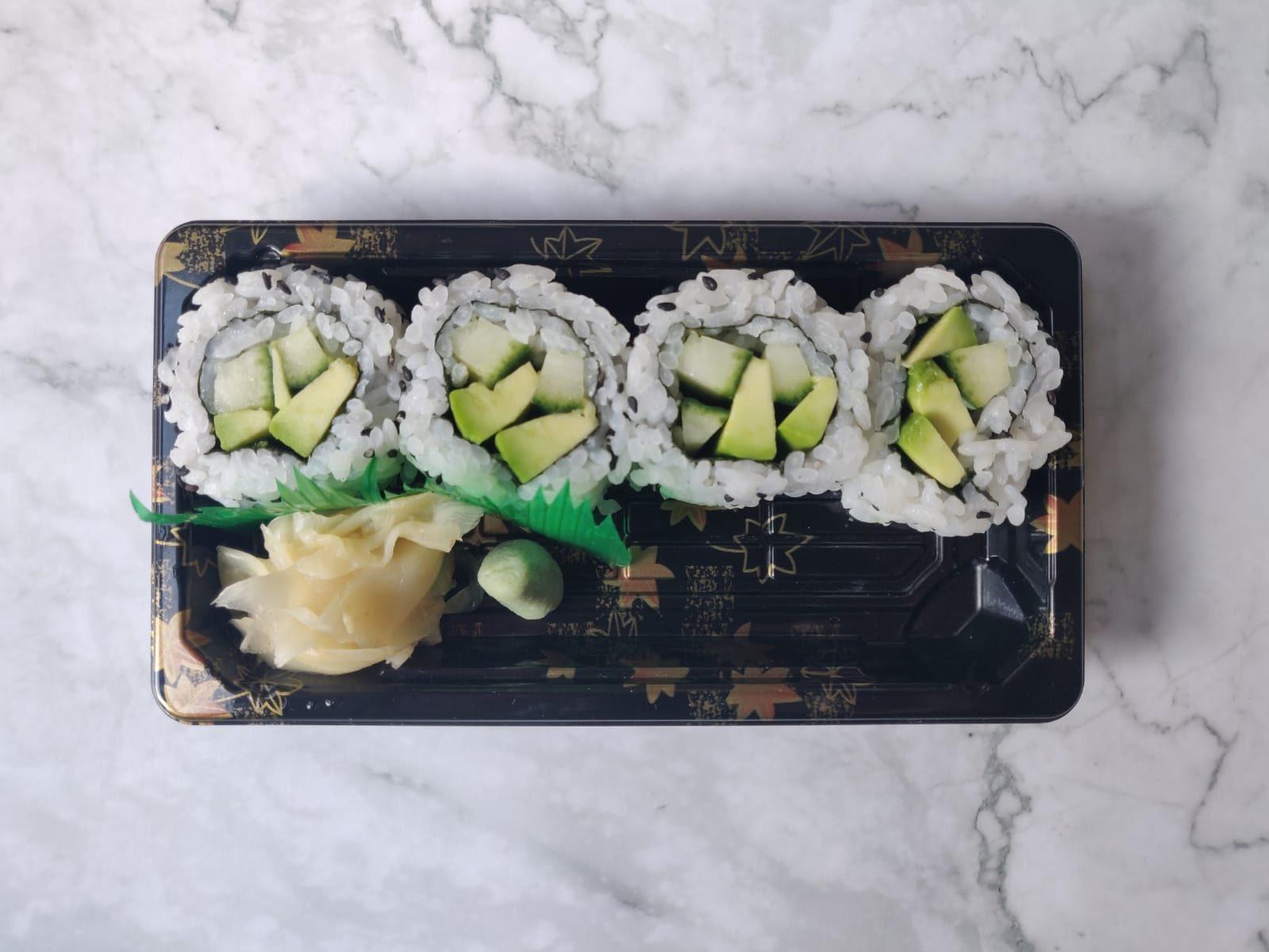 Half Uramaki (Vegan)